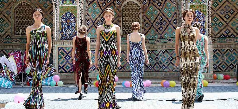 Национальные платье для таджикских