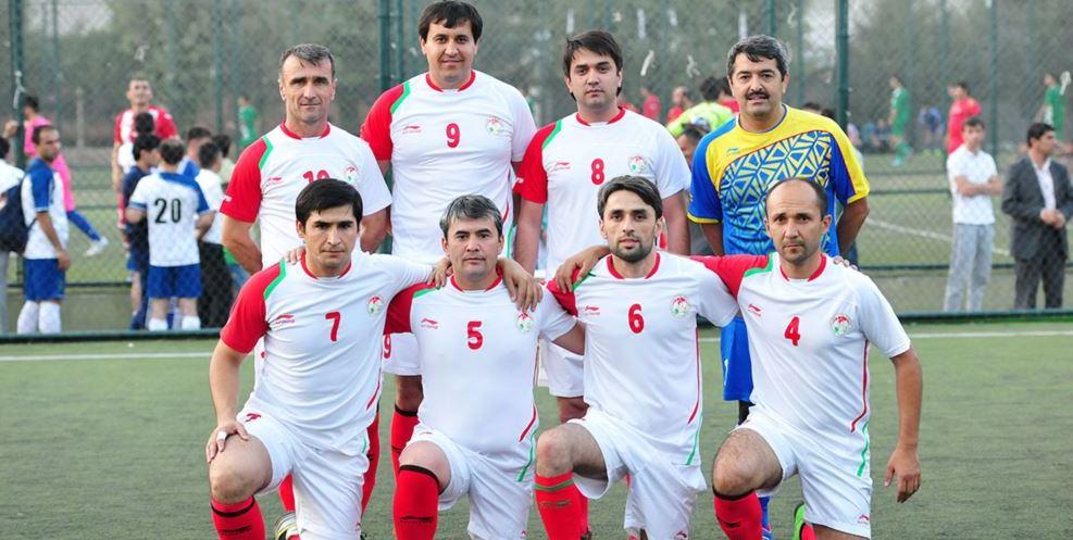 команды по футболу таджикистана воспитывают детей разных