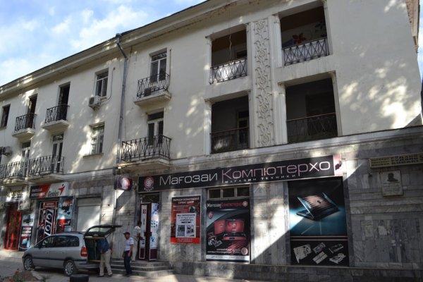 В Душанбе cносят знаменитые «дома с арками»