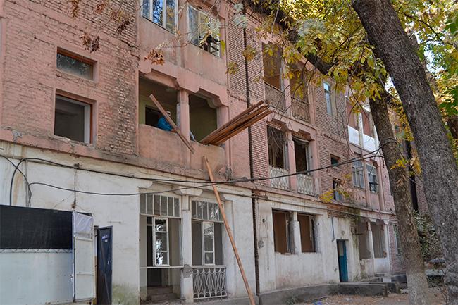 секс исполнении таджикистан душанбе продажа дом рудаки фаллос скользит