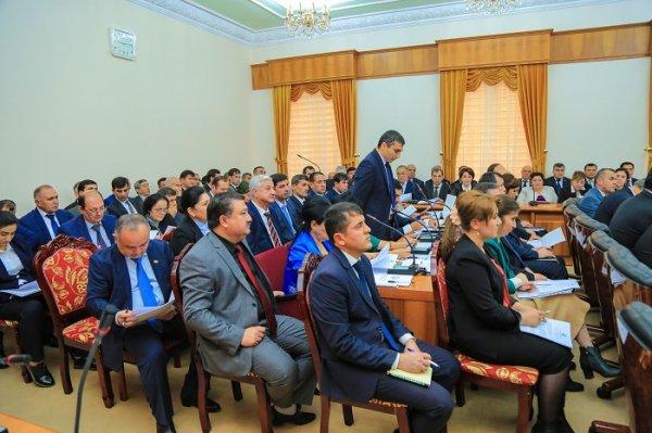 Объем РВП в Душанбе за 9 месяцев составил более 7,5 млрд. сомони